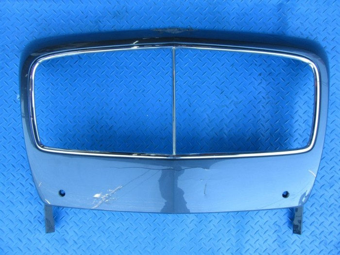 Bentley Flying Spur front grille surround trim #7856